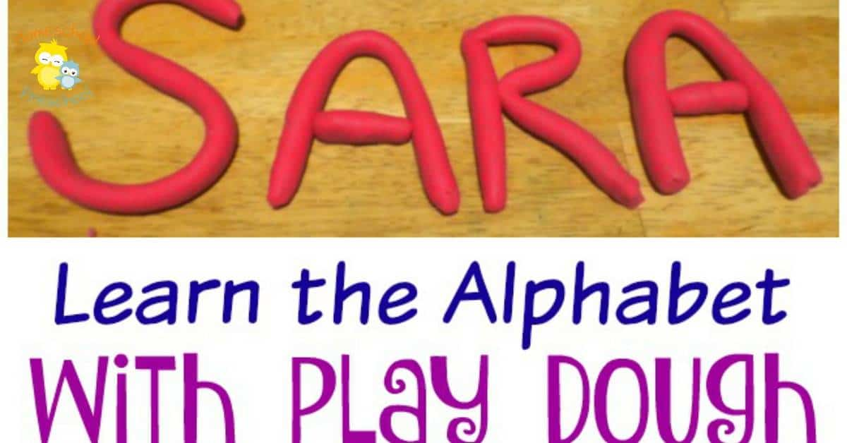Preschoolers love play dough. Here are three ways preschoolers can learn the alphabet with playdough! | homeschoolpreschool.net