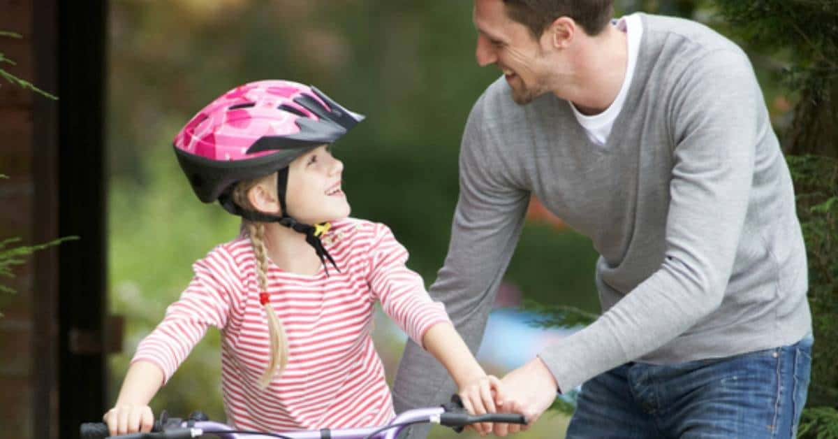 Riding a bike without training wheels is a big deal for most kids, but how do you know when they're ready? If you think your child is ready to take off the training wheels, here are a few tips for teaching them how to ride a bike. | homeschoolpreschool.net