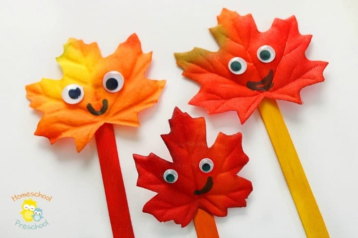 "This ""Leaf Family"" craft is an easy preschool craft that will have your kids excited about the fall season! 