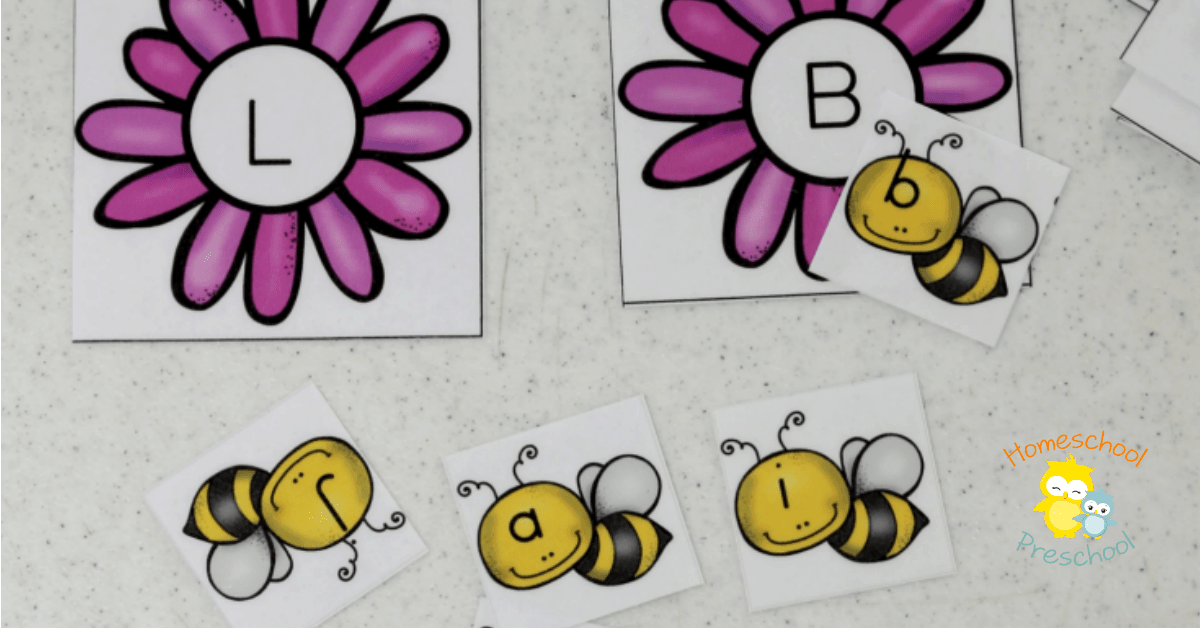 This preschool alphabet matching game is perfect for your spring activities! Your little learners will love helping each bee find its home! | homeschoolpreschool.net