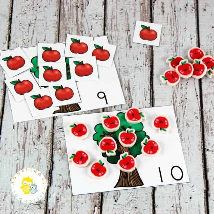 Help your preschoolers practice counting and identifying numbers from 1-10 with these apple math activities. They're perfect for your fall math centers!