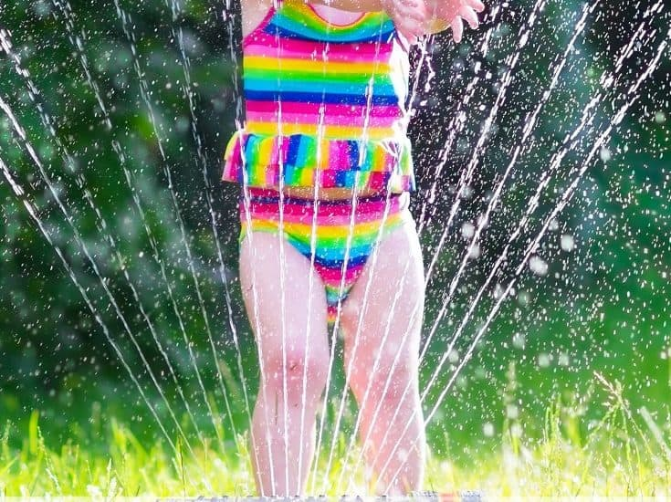 Are you looking for ways to help your kids stay cool this summer? Here are ten summer activities that will help you and your kids beat the summer heat!