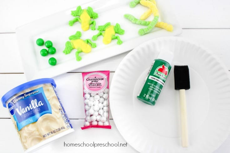 Follow this simple tutorial to make a frog life cycle candy science craft! Bring science to life with this fun, educational activity.