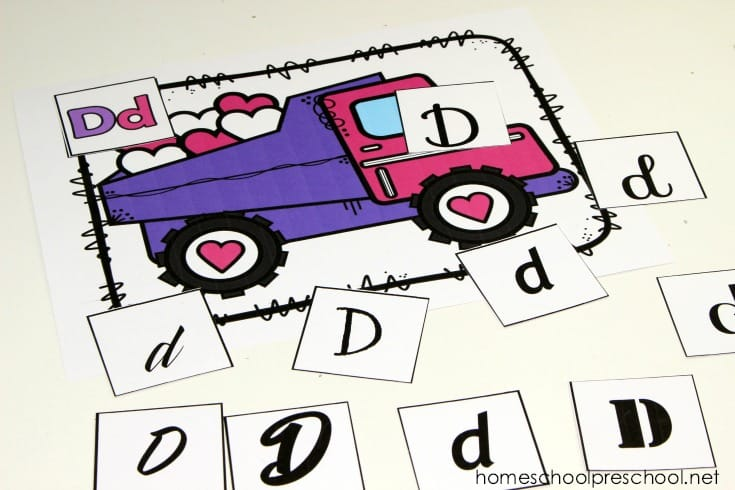 These construction-themed letter sorting mats are perfect for your Valentine's Day literacy centers! Preschoolers will love practicing letter recognition.