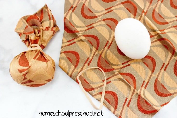 Grab some old ties that Dad doesn't want anymore or head to the Goodwill to look for some funky ones. This year, let's dye Easter eggs with silk ties!