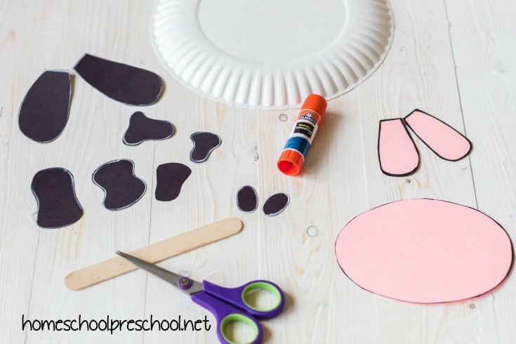 This paper plate cow craft for kids is super easy and as cute as can be! Add it to your farm-themed activities or your Letter Cc lessons.